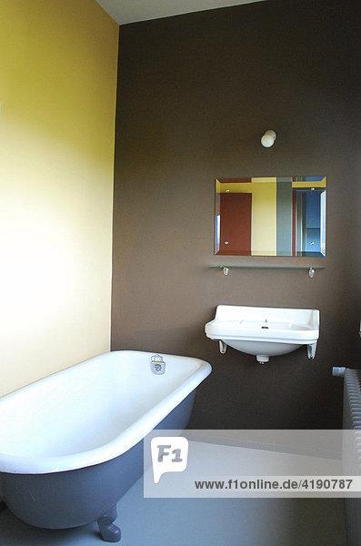 Badezimmer - Innenraum Musterwohnung im Haus des Architekten Le ...