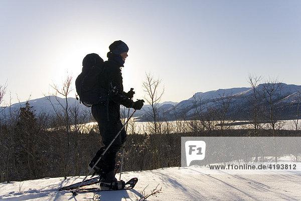 Schneeschuhgeher  Fishlake  Yukon Territory  Kanada  Nordamerika