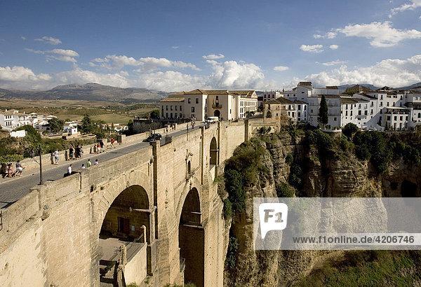 Ronda Brücke über den Tajo  Ronda  Andalusien  Spanien