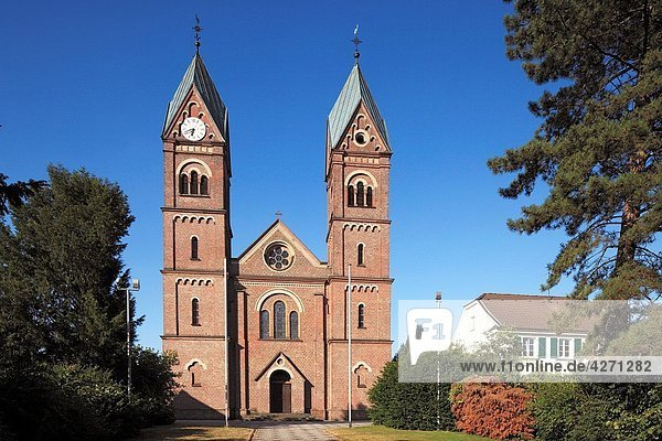 Germany  Leverkusen  Rhine  Lower Rhine  Dhuenn  Wupper  Rhineland  Bergisches Land  North Rhine-Westphalia  D-Leverkusen-Hitdorf  parish church Saint Stephanus  catholic church