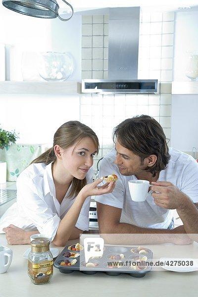 couple eating cookies
