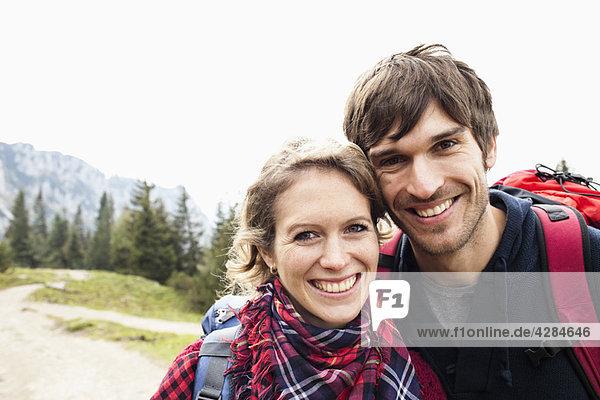Paar auf Bergportrait