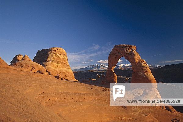 Zarte Bogen in Arches Nationalpark Utah USA
