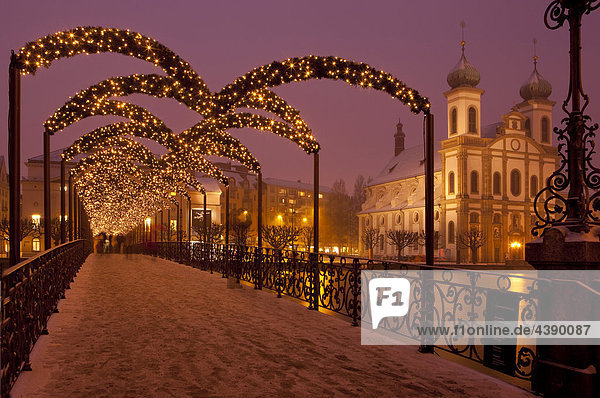 abends advent beleuchtung br cke kanton luzern schnee schweiz stadt weihnachten winter. Black Bedroom Furniture Sets. Home Design Ideas