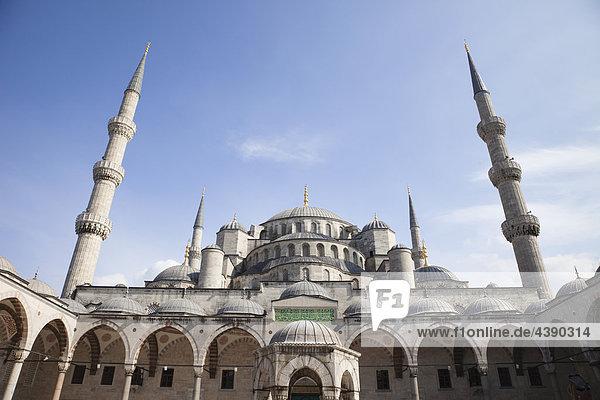 Türkei  Istanbul  Blaue Moschee  Moschee  Sultans Ahmet  Sultan Achmed Moschee  Moschee  Minarett  Türkisch  Islam  Islamisch  M