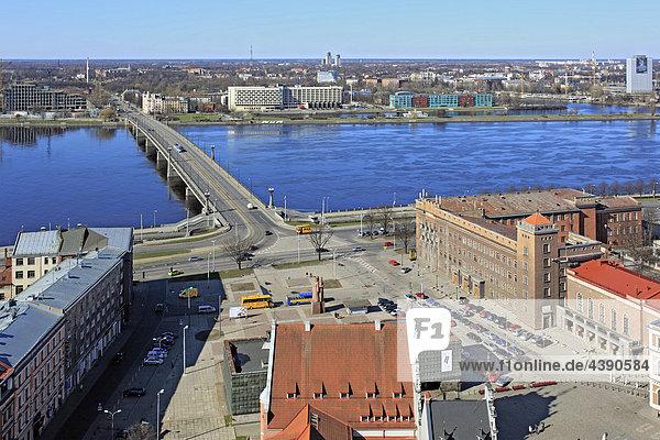 Lettland  Lettisch  Europa  Baltikum  Stadt  Riga  Architektur  Brücke  Osteuropa Daugava  Fluss  Gebäude  Haus  europäisch  Wel