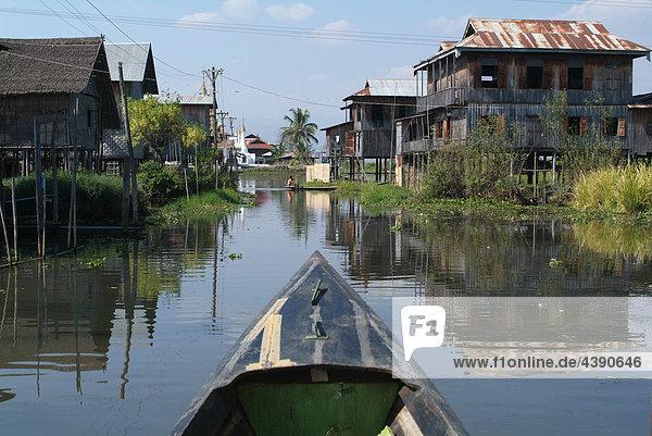 Asia  Burma  Myanmar  lake Inle  Inpaw Khone  village  posts  canoe  stilts  waters