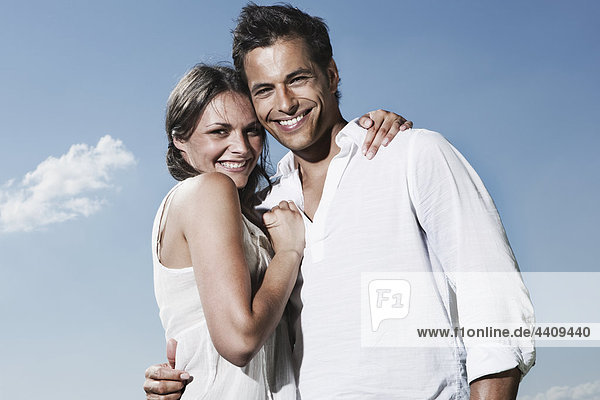 Deutschland  Köln  Paar lächelnd  Portrait