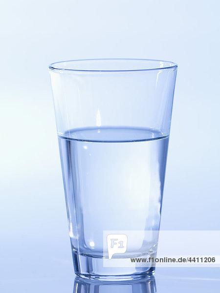 Glas Wasser  Nahaufnahme