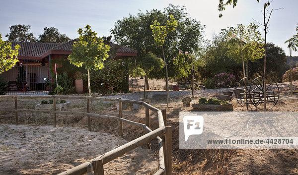 Herrenhaus Ländliches Motiv ländliche Motive Garten Rodeo