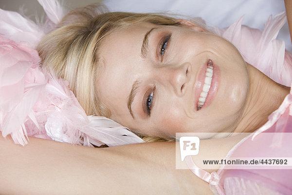 Nahaufnahme des lächelnden Frauengesichtes