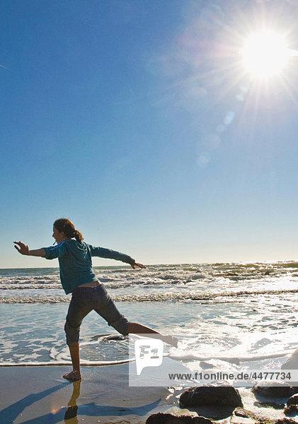 Strand  rennen  Mädchen