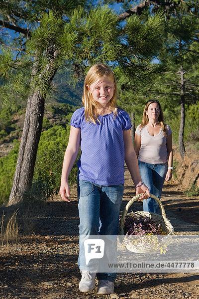 Blume  sammeln  ungestüm  Tochter  Mutter - Mensch