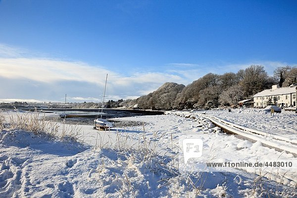 Red Wharf Bay Traeth Coch  Isle of Anglesey  North Wales  UK  Europe Snow scene on the coast in winter