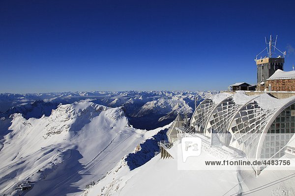 Karwendel moutains and Wetterstein mountains in winter  Bavaria  Germany  Europe