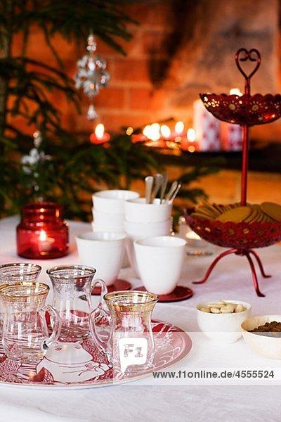Abendessen Vorbereitung Weihnachten Tisch