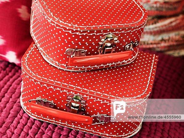 Kleine rote Koffer