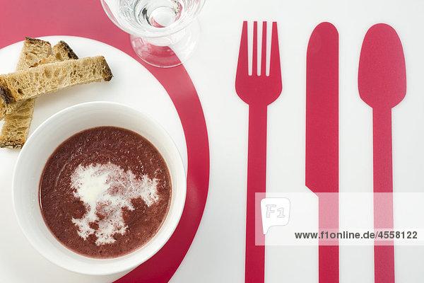 Zuckerrüben und Ingwer Suppe  / Mit Englischsprachigem Rezept