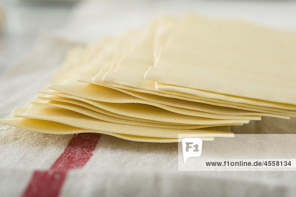 Frische Lasagne Nudeln  / Mit Englischsprachigem Rezept