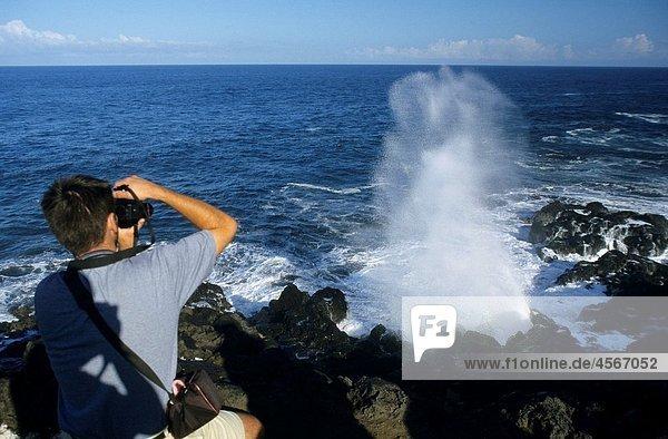Le Souffleur  Pointe du Portail  South of Saint Leu  La Reunion island (France)  Indian Ocean