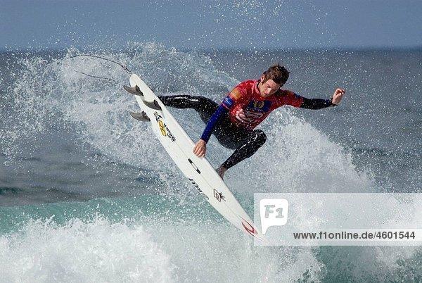 Surfing. Mundaka  Euskadi  Spain