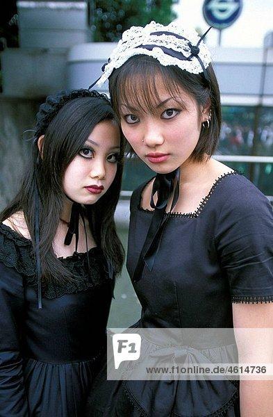 Fashion girls  Harajuku  Tokyo  Japan