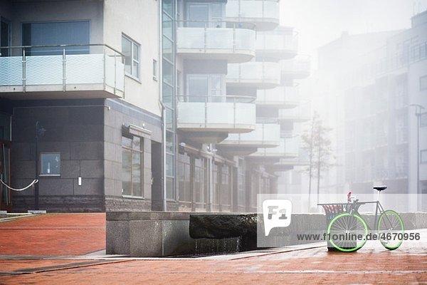 Fahrrad im Wohngebiet