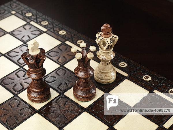 Schachmatt auf einem Schachbrett