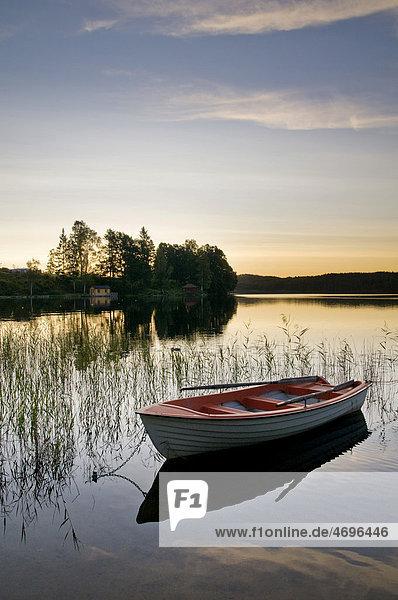 See in der Nähe von Bengtsfors  Provinz Dalsland  Schweden  Skandinavien  Europa