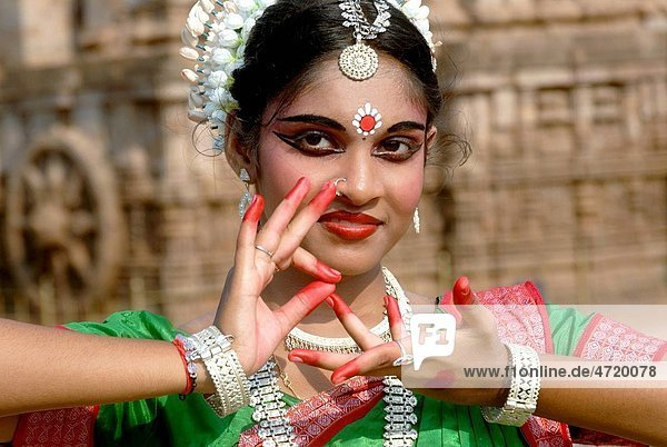 Dancer performing classical traditional odissi dance MR 736D