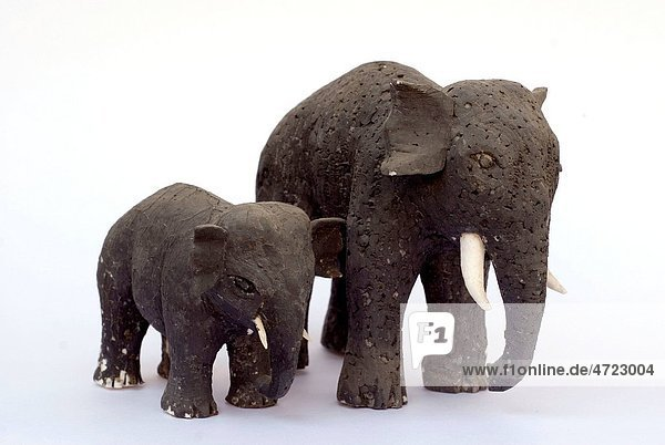 Sculpture of mother and child elephant   India Sculpture of mother and child elephant , India