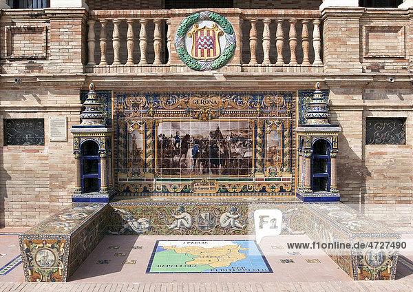 Mosaik einer spanischen Provinz am Plaza de Espana in Sevilla  Spanien  Europa