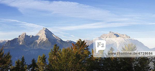 Watzmann und Hochkalter  Blick von Kneifelspitze bei Berchtesgaden  Berchtesgadener Alpen  Berchtesgadener Land  Oberbayern  Bayern  Deutschland  Europa