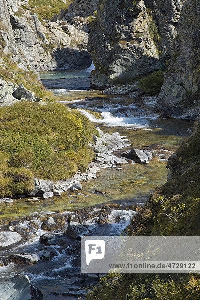 Bergbach in einer Klamm im Heutal  Schweiz  Europa