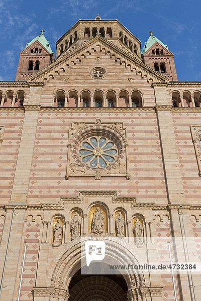 Kaiserdom  Westbau  Fassade  UNESCO-Weltkulturerbe  Speyer  Pfalz  Rheinland-Pfalz  Deutschland  Europa
