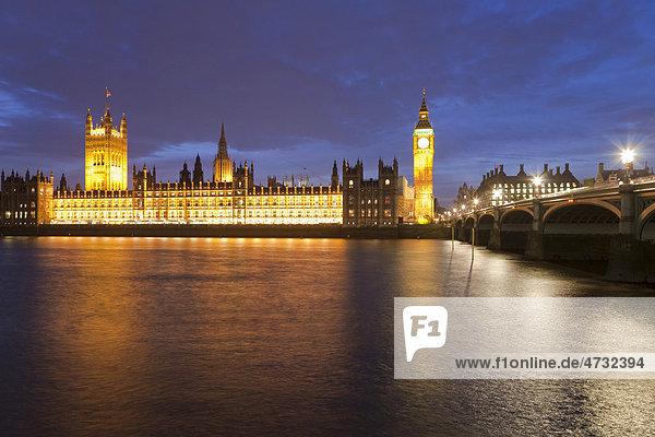 Blick über die Themse  Westminster Hall  Houses of Parliament  Big Ben  St. Westminster Bridge  London  England  Großbritannien  Europa