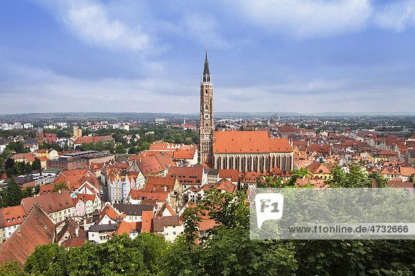 Landshut Altstadt  Blick von der Burg Trausnitz  Niederbayern  Bayern  Deutschland  Europa