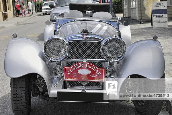 Oldtimer-Auto  Jaguar  Arrowtown  Südinsel  Neuseeland