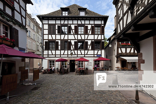 Fachwerkhäuser  Gerberviertel  Petite France  Straßburg  Elsass  Frankreich  Europa