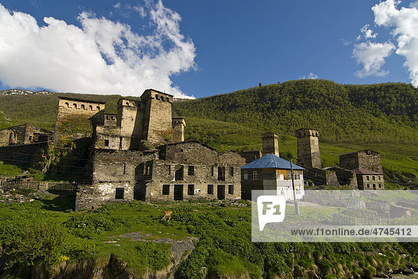 Altes Bergdorf von Uschguli  UNESCO Weltkulturerbe  Swanetien  Georgien  Vorderasien