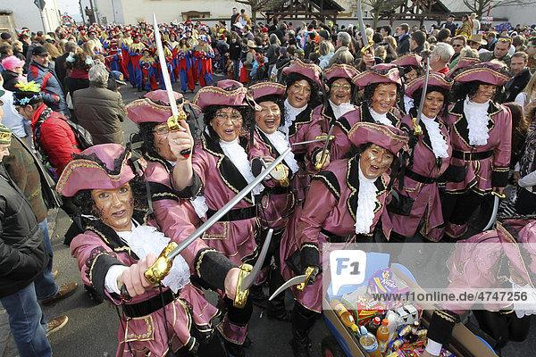 Karneval  Schwerdonnerstagsumzug in Weitersburg  Rheinland-Pfalz  Deutschland  Europa