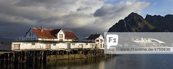 Henningsvaer  Insel Vestvagoya  Lofoten  Norwegen  Skandinavien  Europa