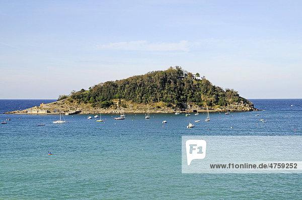 Santa Clara Insel,  La Concha Bucht,  San Sebastian,  Pais Vasco,  Baskenland,  Spanien,  Europa