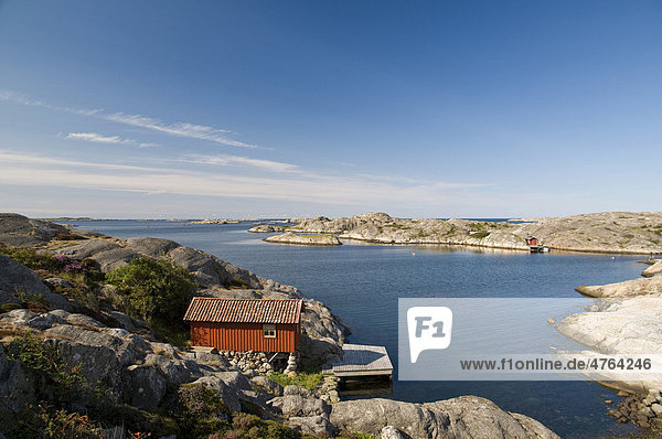 Holzhaus in der Nähe von Smögen  Provinz Bohuslän  Schweden  Skandinavien  Europa