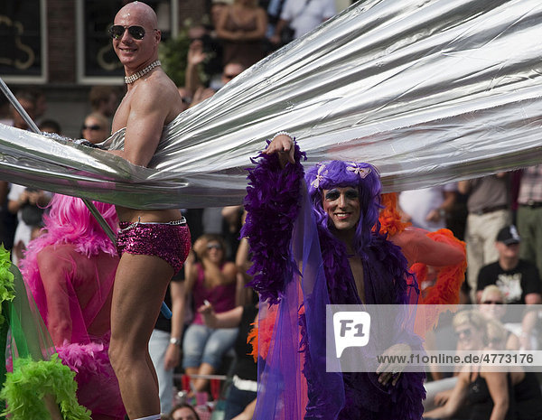 Gay parade on the Prinsengracht and the Amstel  August 2009  Amsterdam  Holland  Netherlands  Europe