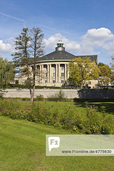 Kurhaus mit Regentenbau und Arkadenhallen  Kurpark  Bad Kissingen  Unterfranken  Bayern  Deutschland  Europa