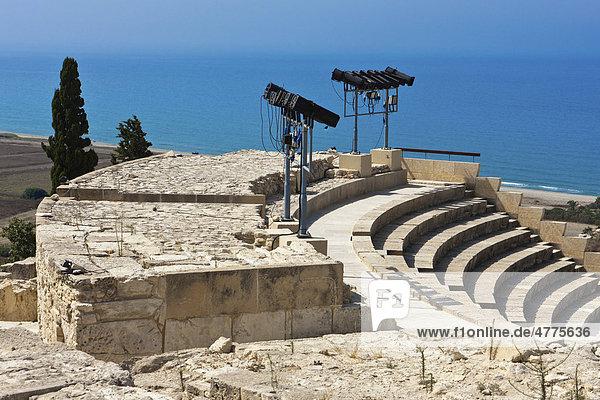 Ruins of Kourion  excavation site of ancient Kourion  Graeco-Roman amphitheatre  Odeon  Sanctuary of Apollo Hylates  Akrotiri peninsula  near Episkopi  southern Cyprus
