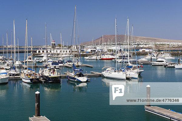 Segelboote im Yachthafen  Marina Rubicon  Playa Blanca  Lanzarote  Kanarische Inseln  Spanien  Europa