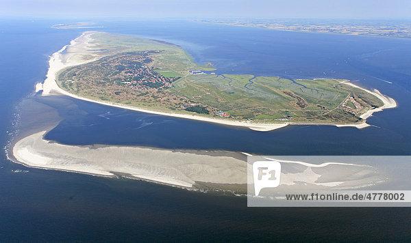 Luftaufnahme  Spiekeroog  ostfriesische Insel  Ostfriesland  Niedersachsen  Deutschland  Europa