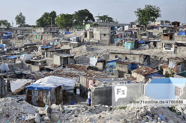 The slums of Fort National  the district was largely destroyed by the earthquake in January 2010  Port-au-Prince  Haiti  Caribbean  Central America